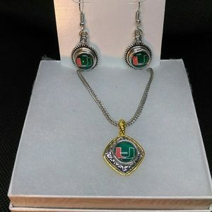 Jewelry - Miami Hurricanes Necklace and Earrings set